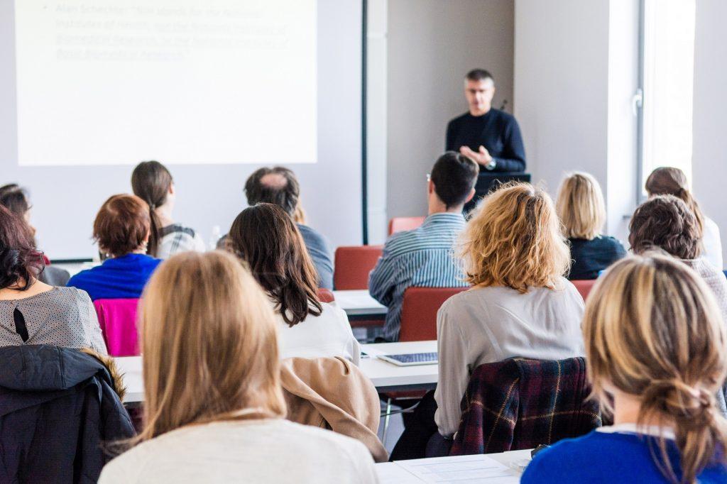 Preparing and Delivering Presentations